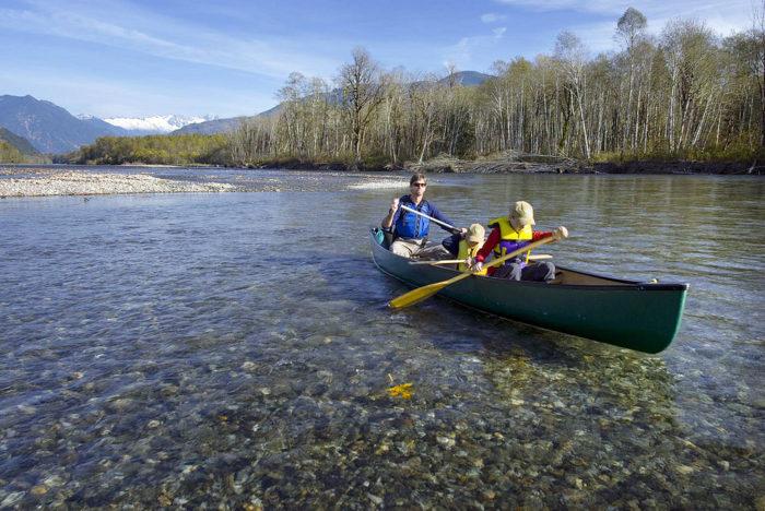 Canoeing the upper Skagit River of Washington   PHOTO: ©Bridget Besaw